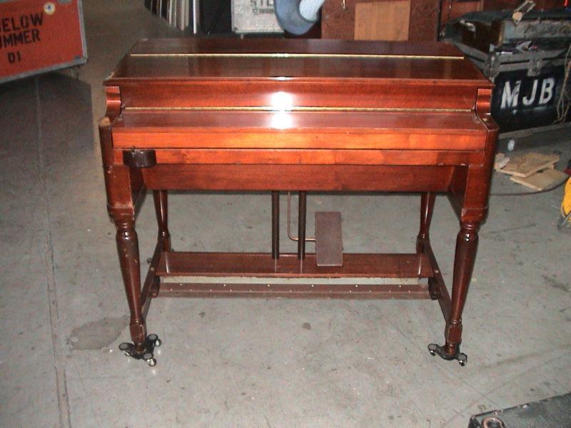 Hammond B3 B 3 Organ Leslie on PopScreen