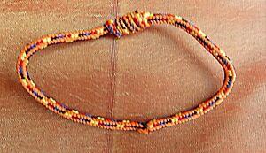 Handgefertigtes-Sai-Sin-Gluecksarmband-von-Moenchen-in-Cambodia-hergestellt-c1