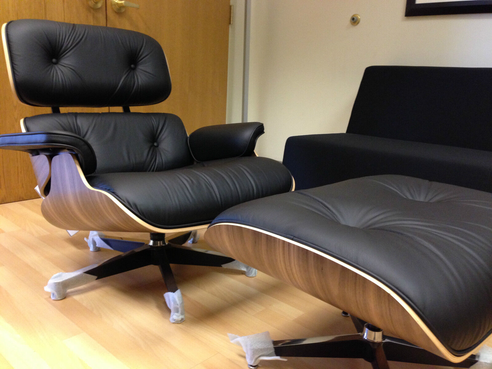 Used Eames Lounge Chair And Ottoman Eames Lounge Chairs The Best