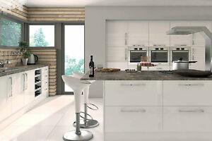 Handleless Kitchen Doors | Lacquered Gloss Finish