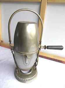 Historische-Kaffeemaschine-ab-1850-mit-Marke-sehr-Dekorativ-II