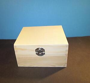 holzbox quadratisch 16x16x8 5 cm mit deckel ebay. Black Bedroom Furniture Sets. Home Design Ideas