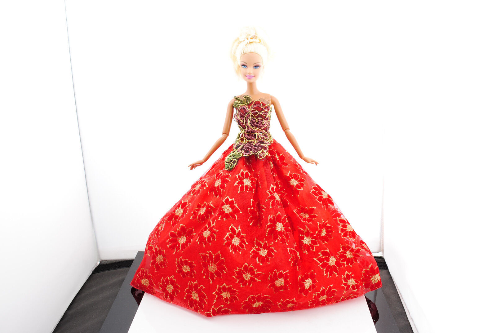 Hot New Fashion Handmade Wedding Clothes Party Dresses