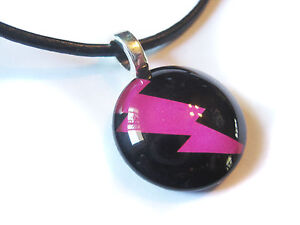 Hot-Pink-Lightning-Bolt-Glass-Bubble-Pendant-With-FREE-Necklace