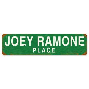 JOEY-RAMONE-PLACE-Metall-Schild-51cm-New-York-Strassenschild-THE-RAMONES-STREET