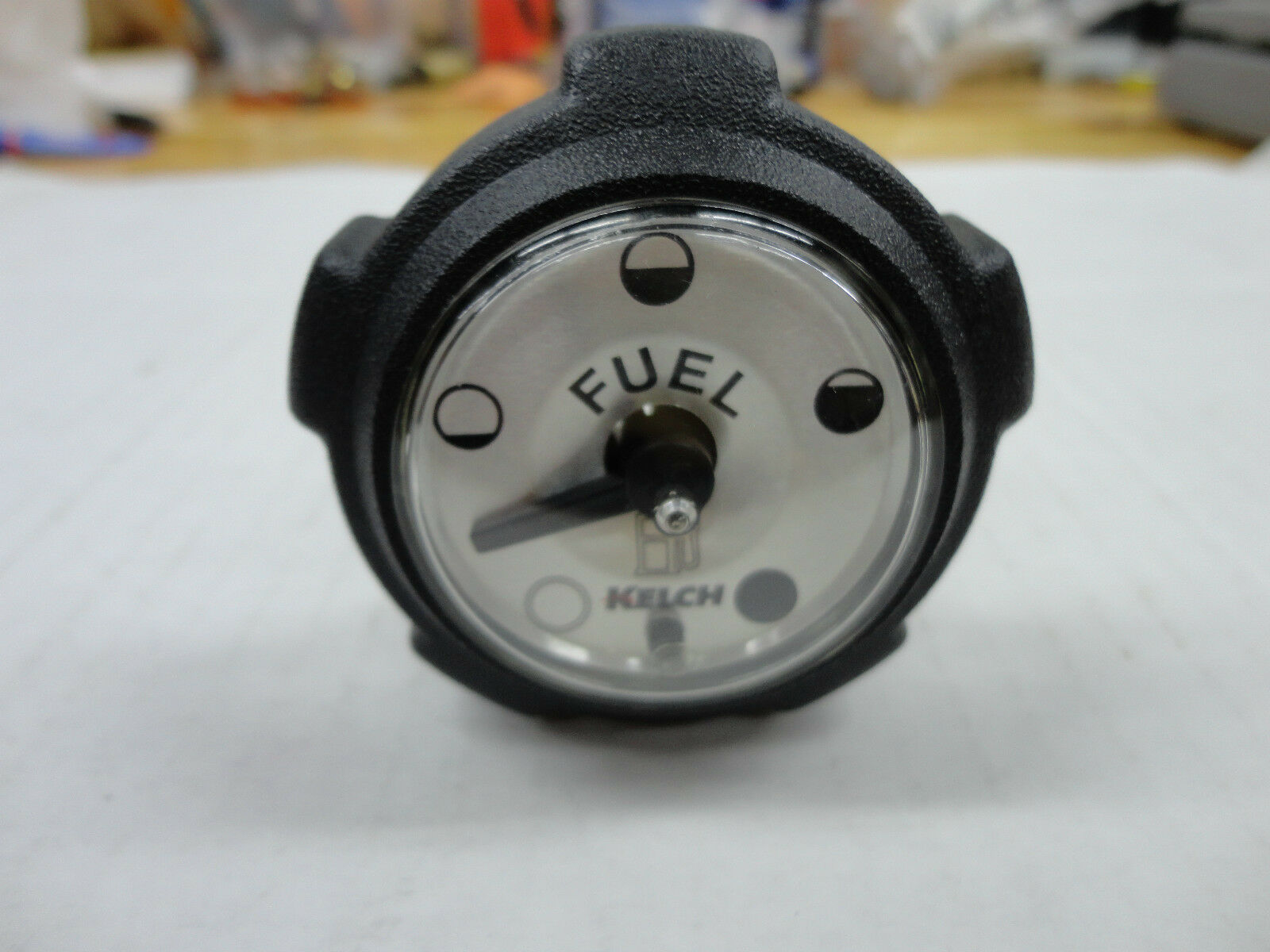 JOHN DEERE GAS CAP WITH GAUGE FITS 316 318 322 420 NEWEST STYLE FROM ...