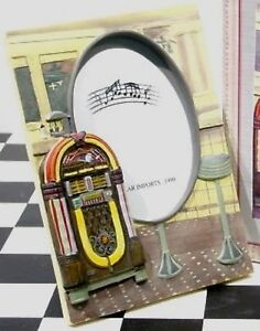 Jukebox 1950s http://www.ebay.com/itm/JUKEBOX-Picture-Frame-1015-Wurlitzer-Bubbler-1950s-Soda-Fountain-Malt-Shop-MIB-/350575670481