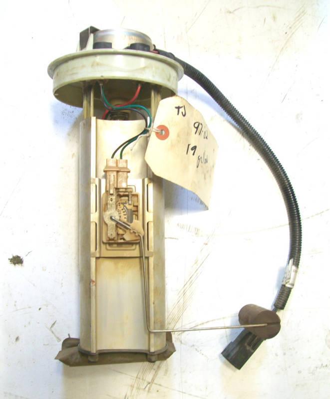 Jeep Wrangler TJ Gas Fuel Pump Sending Unit 97 02 19 gallon Gauge
