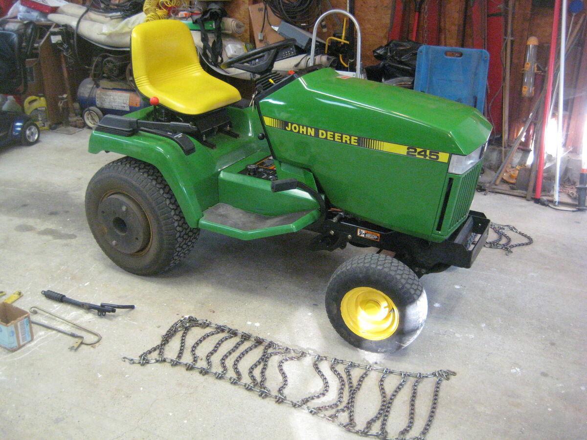 John Deere 245 Garden Tractor Lawn Tractor w Mower Deck Snowblower Hydrostat