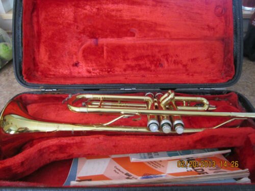 KING CLEVELAND MODEL 600 TRUMPET W/ THE CASE & MOUTHPIECE in Musical Instruments & Gear, Brass, Trumpet & Cornet | eBay