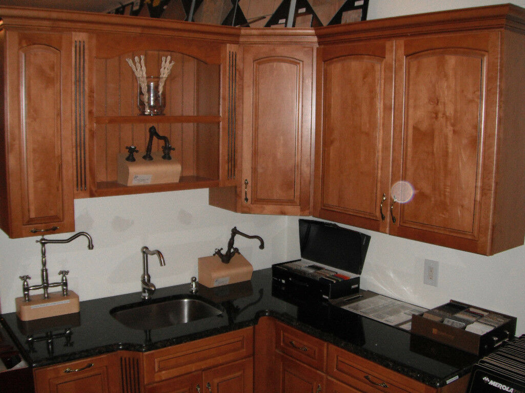 Kitchen Cabinets Kraftmaid | Galley Kitchen