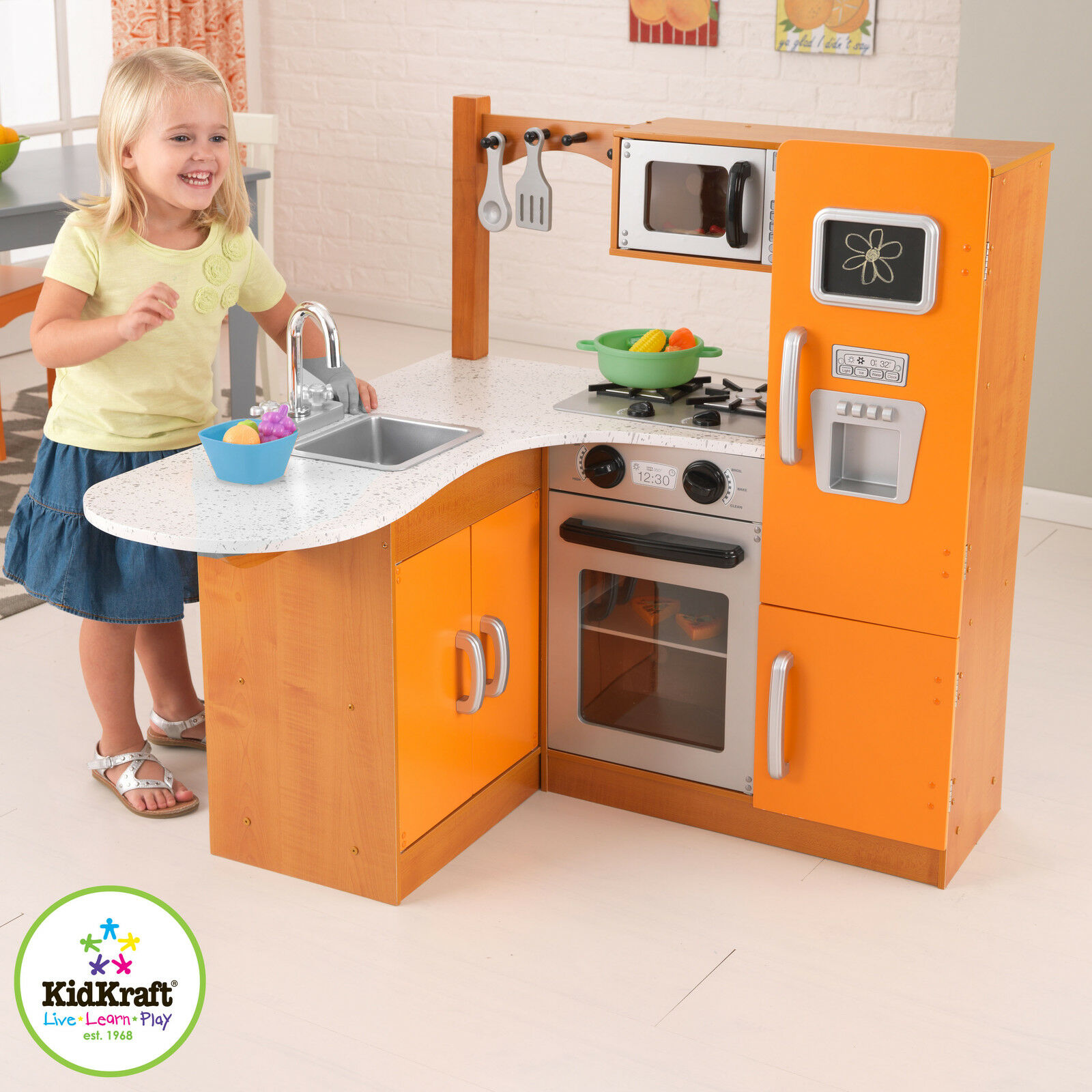 Product features for Kids kitchen set