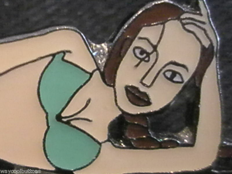 LARA CROFT TOMB RAIDER ANGELINA JOLIE BIKINI METAL PIN | eBay