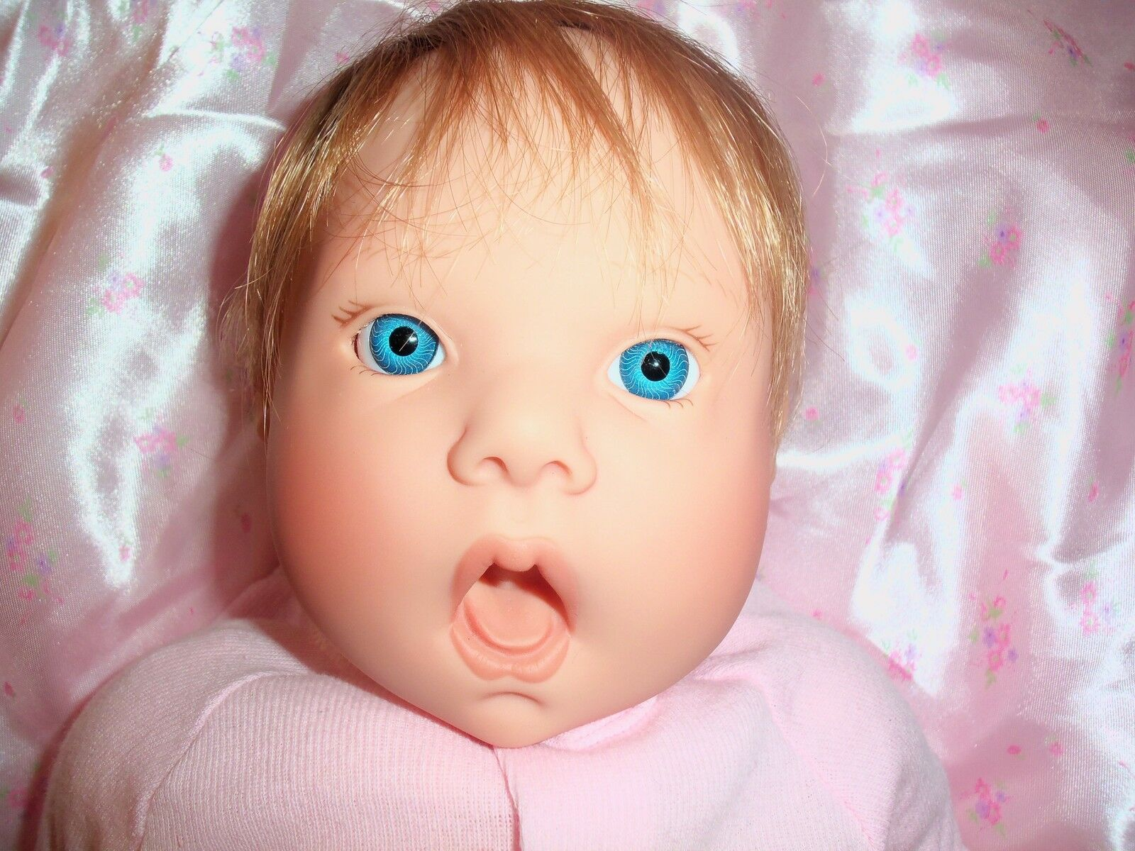 Lee middleton 1994 beautiful blonde blue eye girl baby doll looks real