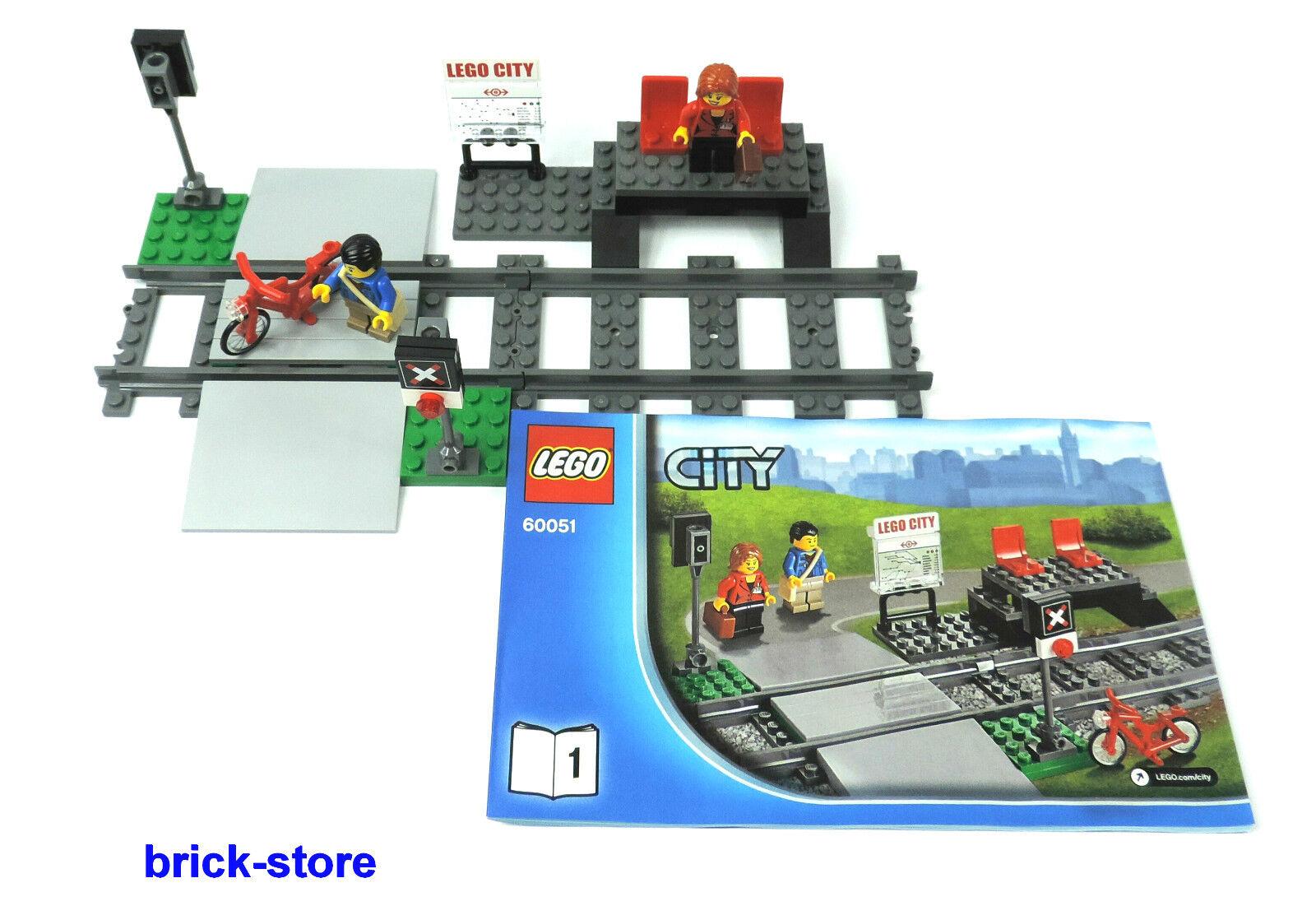 lego trains 60051 cercle ferroviaire avec doux liens arr t. Black Bedroom Furniture Sets. Home Design Ideas
