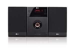 LG XA63 CD/MP3/USB micro Audio Shelf Sys...