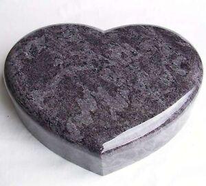 liegestein grabstein gedenkstein grabmal urnenstein. Black Bedroom Furniture Sets. Home Design Ideas