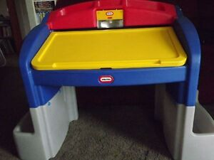 Little Tikes Hideaway Art Desk W Working Light On Popscreen