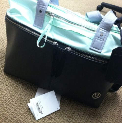 Lululemon Sold Out Mint Tote - Take Me With You Bag in Sporting Goods, Exercise & Fitness, Gym, Workout & Yoga | eBay