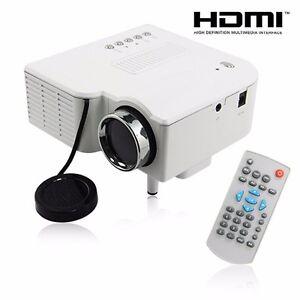 MINI-HD-1080P-Tragbar-LED-Projektor-Heimkino-PC-Laptop-VGA-USB-SD-AV-HDMI-Weiss