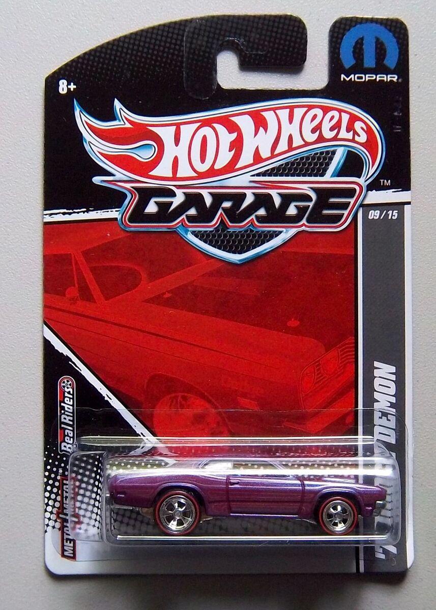 Mopar 1971 dodge demon hot wheels garage diecast 1 64 car for Garage jm auto audincourt