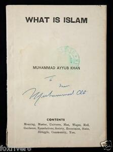 MUHAMMAD-ALI-Signed-Book-Cover-World-Heavyweight-Champion
