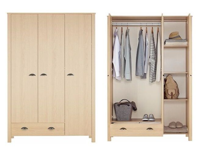 Marlow Light Oak 3 Door 1 Drawer Wardrobe With Shelves