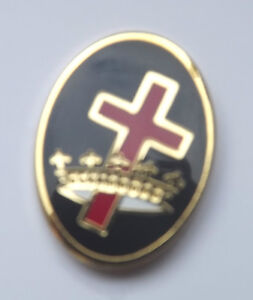 Masonic-Order-of-the-Knights-Templar-Cross-Crown-Oval-Enamel-Lapel-Pin-Badge