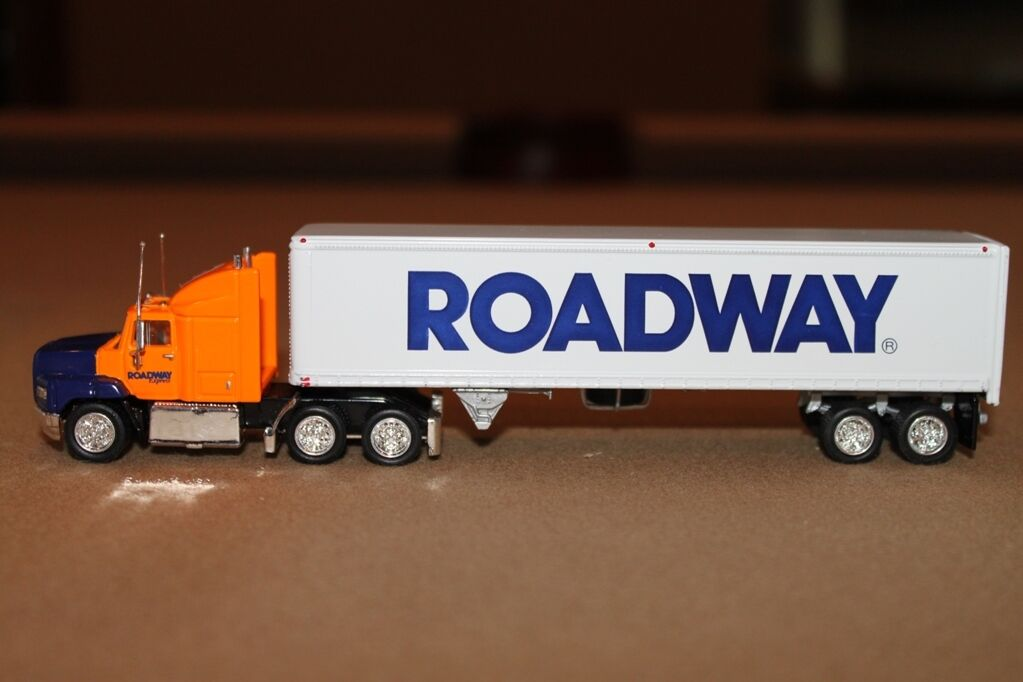 Toy Tractor Trailer Trucks : Useful ho trains collectible bistrain
