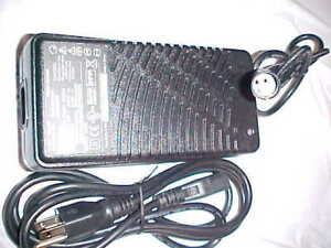 Merits Scooter Battery on Merits Electric Wheelchair Scooter Battery Charger   Ebay