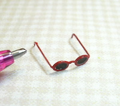 Miniature Red Frame Sunglasses: DOLLHOUSE Miniatures 1/12 Scale in Dolls & Bears, Dollhouse Miniatures, Miniatures | eBay
