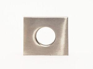Moebelgriff-Moebelknopf-Schrankgriff-massiv-Edelstahl-matt-gebuerstet-Hoehe-30mm
