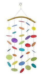 Muschel windspiel regenbogen bunt 64 cm dekoration fenster for Regenbogen dekoration