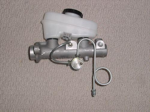 mustang 3 2 port master cylinder brake line adapter 1987 1993 rear disc upgrades ebay. Black Bedroom Furniture Sets. Home Design Ideas