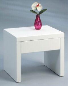 nachttisch beistelltisch mit schublade hochglanz weiss. Black Bedroom Furniture Sets. Home Design Ideas