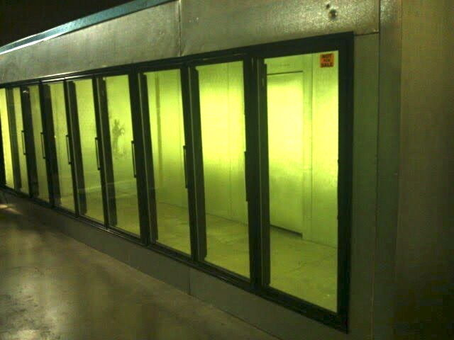 New Walk In Cooler W 12 Glass Door With Shelves And 1 Entry Door