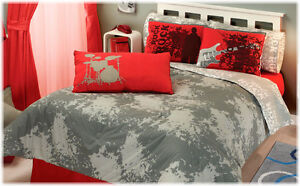 New boys red gray rocker guitar music comforter bedding for Guitar bedding for boys