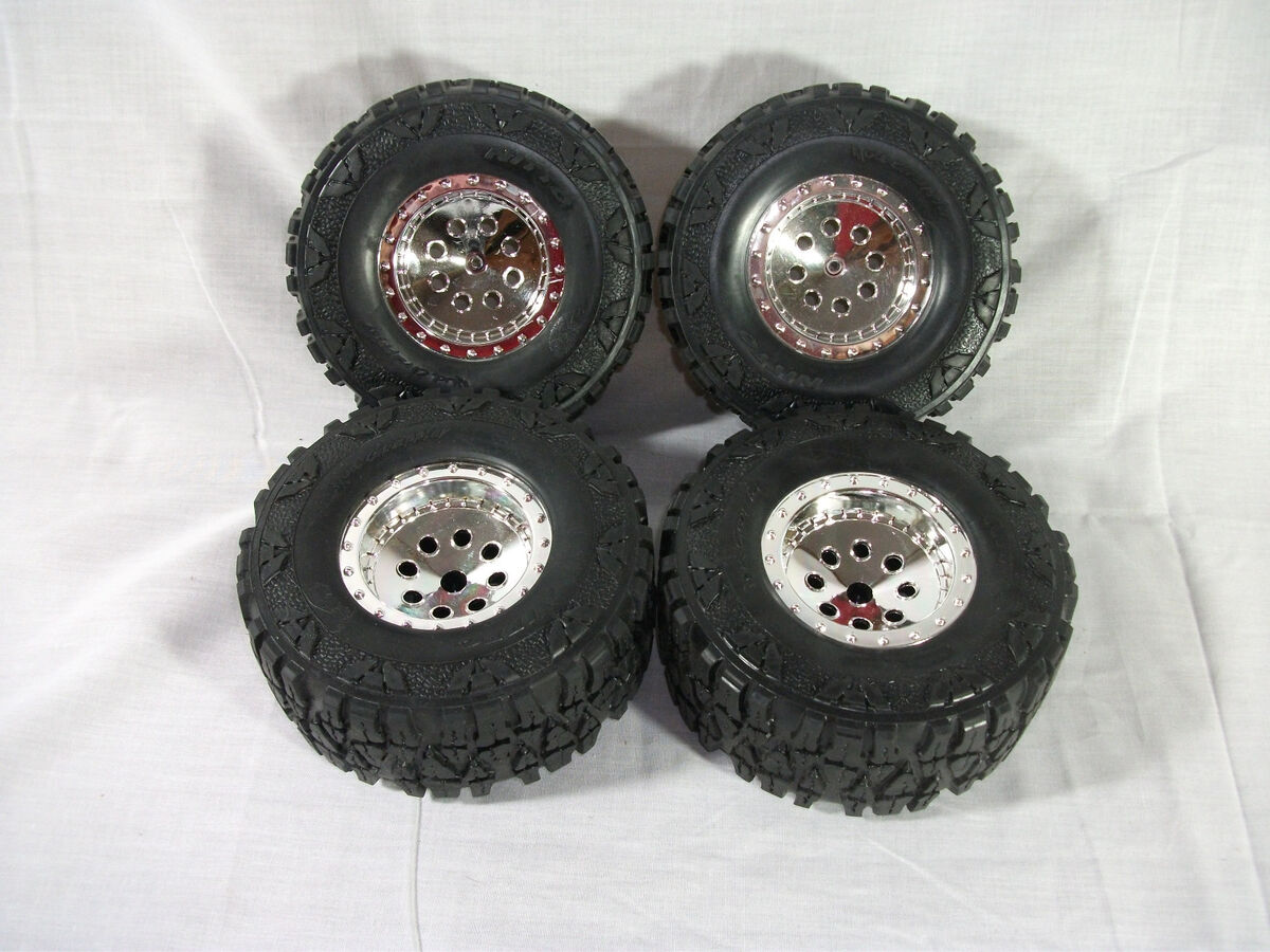 New Bright RC Jeep Wrangler Rubicon Wheels Tires Nitto Mud Grapplers Crawler