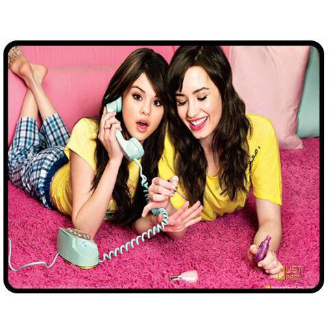 New Demi Lovato Selena Gomez Blanket Bedroom Gift RARE