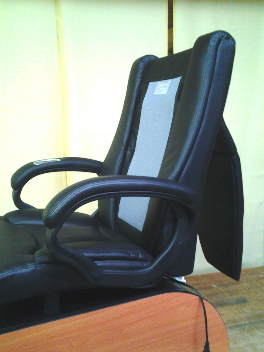 New Pedicure Spa Chair with Footsie Bath No Plumbing Needed Summer End Special
