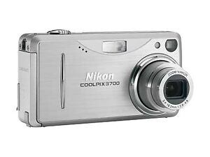 Nikon COOLPIX 3700 3.2 MP Digital Camera...