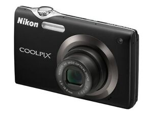 Nikon COOLPIX S3000 12.0 MP Digital Came...