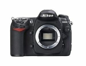 Nikon D200 10,2 MP Digitalkamera - Schwa...