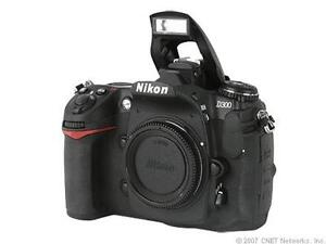 Nikon D300 12.3 MP Digitalkamera - (Nur ...