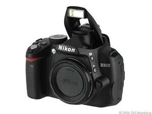 Nikon D3000 10.2 MP Digitalkamera - (Nur...