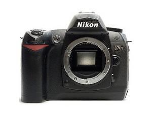 Nikon D70s 6.1 MP Digital SLR Camera - B...