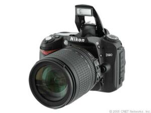 Nikon D90 12,3 MP Digitalkamera - Schwar...