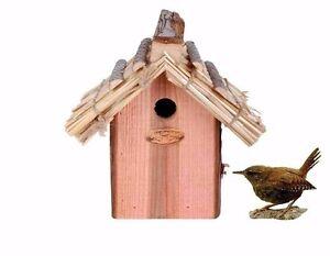 nistkasten f r zaunk nig vogelhaus mit strohdach nk09 ebay. Black Bedroom Furniture Sets. Home Design Ideas