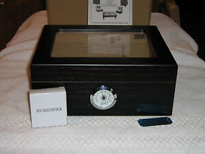 ONYX-BLACK-GLASSTOP-HUMIDOR-holds-50-cigars-SPANISH-CEDAR-LINING-new-in-box