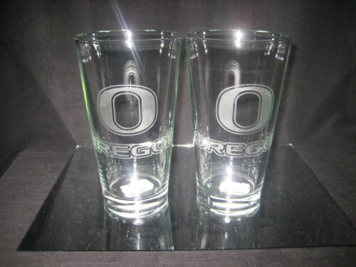 OREGON DUCKS 2 ETCHED LOGO PINT 16 oz GLASSES NEW in Collectibles, Barware, Glasses, Cups, Mugs | eBay